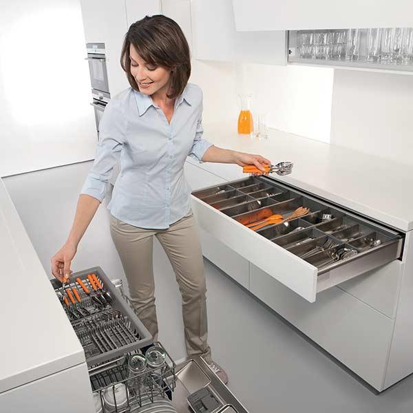 Kitchen Cutlery Storage