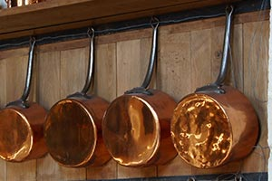 Copper Pots for Colonial Style Kitchens