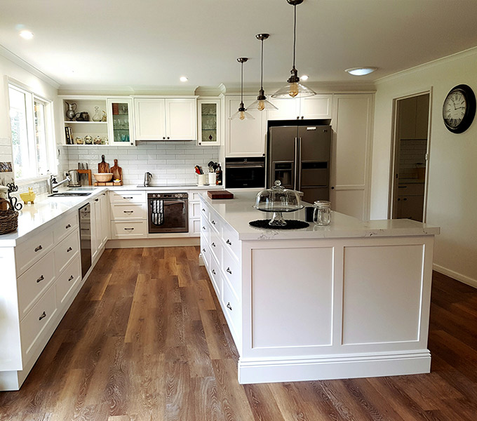 White Hamptons Kitchen by Advanced Cabinetry