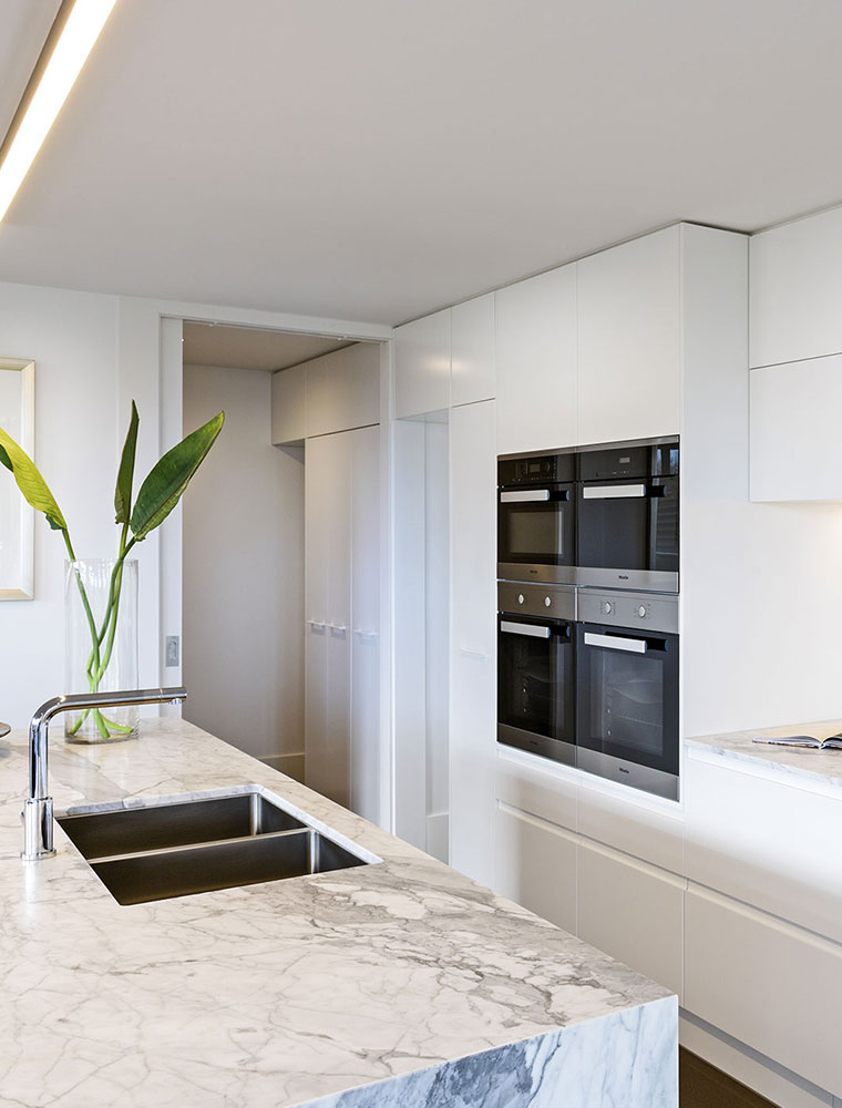 Modern-Kitchen-Renovation-Victoria
