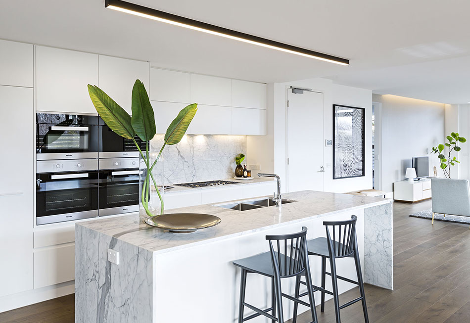 White Neutral Colour Kitchen in Geelong