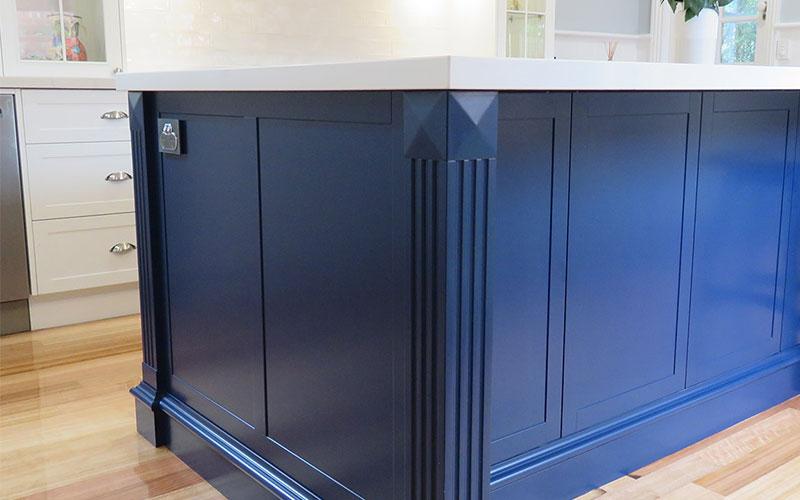 Peacock Blue & White Kitchen Cabinet Colour