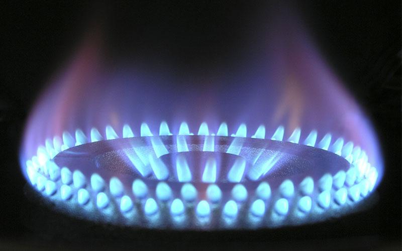 Kitchen Renovation vs Refresh - Reduced Gas Bills